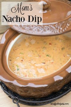 Nacho Dip This Mom's Nacho Dip is the perfect appetizer for your next party.This Mom's Nacho Dip is the perfect appetizer for your next party. Nacho Dip, Crock Pot Dips, Crock Pot Cooking, Crock Pot Cheese Dip, Nacho Cheese Crockpot, Crockpot Queso Dip, Queso Recipe, Appetizers For A Crowd, Appetizer Recipes