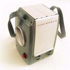 Anscoflex II camera from 1954. Design by Raymond Loewy