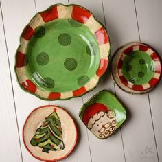 Stunning Serving Pieces! Wow your guests this holiday season with the beauty and warmth of Etta B's serving pieces from their Christmas Collection! In a range of shapes and sizes, we have what you need to hold that fruit cake, figgy pudding, or whatever dish is your family favorite!