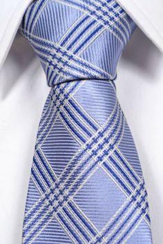 Necktie from Tieroom, Notch MILLIAM, light green base, white dots Notch