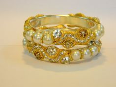 TRADITIONAL Bangles Price :RS 1680..... Wholesale Queries are welcome.. Contact on : Team Jaipur Mart (+918233096315) via emai id: mailto:martjaipur... visit our Facebook Page :https://www.facebook.com/www.jmfashion.in?ref=hl