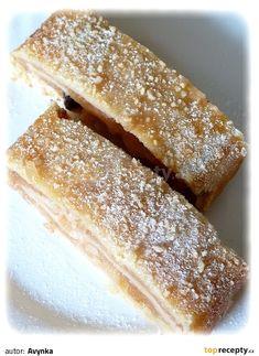 Strudel, Hot Dog Buns, Tiramisu, Food And Drink, Yummy Food, Sweets, Bread, Cake, Ethnic Recipes