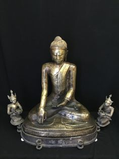 Rare Shan bronze Buddha. burma. 18/19th cent.