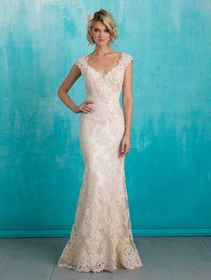 vestidos de noiva Bellethemagazine    Allure Bridals Primavera 2016    Piso Champagne Bainha V-Neck $$ ($ 1,001-2,000)