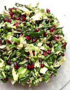 Cucumber Salad with Peas and Pomegranate - Maria Silje Clean Recipes, Raw Food Recipes, Veggie Recipes, Salad Recipes, Vegetarian Recipes, Cooking Recipes, Healthy Recipes, Food N, Food And Drink