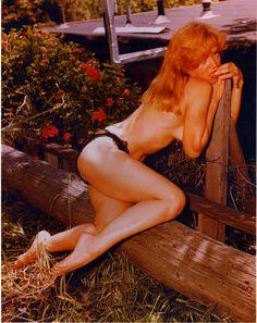 Nude Yvette vickers