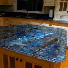 Goodmorning beauties Have some Labradorite for your viewing pleasure this morning in the form of an entire kitchen countertop! Literally im going to decorate my entire house in crystal furniture it is now a mission! Auctions will be coming Design Seeds, Crystal Furniture, Outdoor Kitchen Countertops, Resin Countertops, Soapstone Kitchen, Gemstone Countertops, Soapstone Countertops, Kitchen Cabinetry, Cabinets