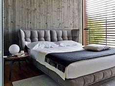 Bett Husk -B&B Italia - Design of Patricia Urquiola Patricia Urquiola, Bedroom Furniture, Modern Furniture, Furniture Design, Bedroom Decor, Master Bedroom Design, Modern Bedroom, Bedroom Designs, Bedside Table Design