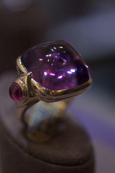 Goshwara Amethyst and rubellite ring in 18k gold
