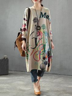 Neckline: Round neck Sleeve type: Full sleeves Material: Cotton & Polyester Wearable In: Autumn, Winter Soft Thick Stretchable Free Size Fit for S /M /L /XL Details (in CM /IN) Bust: 132 Shoulder: 67 Sleeves: 43 Length: 99 Model: Height: Weight: 110 Ib Pakistani Fashion Casual, Muslim Fashion, Hijab Fashion, Fashion Dresses, Stylish Dresses, Stylish Outfits, Hipster Outfits, Mode Hijab, Clothes For Women