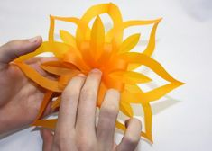 Fotopostup na vianočné ozdoby z papiera I., Tvorenie z papiera, fotopostup - Artmama.sk Origami, Create, Diy, Doilies, Bricolage, Origami Paper, Do It Yourself, Homemade, Origami Art