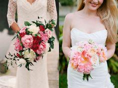links a-symmetrisch boeket met roze en witte pioenen, rode rozen en donkergroen blad. rechts roze boeket met een open pioen, pastel garden roses gecombineerd met oranjeroze bloemen.{photocredit: adam barnes + bonnie berry}
