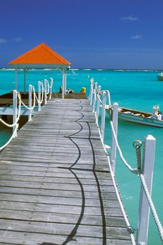 On this night of our first sticking, blustery snowfall, yes please! Places To Travel, Places To See, Places Around The World, Around The Worlds, Terre Nature, Pointe À Pitre, Photos Voyages, West Indies, Beautiful Islands