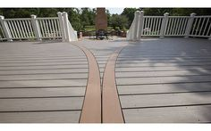 From Worn to Wow -- Crisp and Clean Deck Makeover - Trex |  Trex® eco-friendly composite decks from an innovative blend of 95% recycled wood and plastic film—that's almost the whole thing.