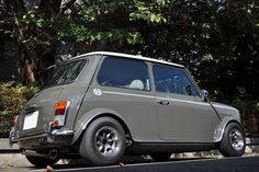 Mini Stance - Page 77 - Styling - The Mini Forum Mini Cooper Classic, Mini Cooper S, Classic Mini, Classic Cars, Mini Morris, Austin Cars, British Sports Cars, Minis, Car Tuning