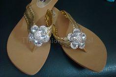 http://thefashionpersonal.blogspot.com/2012/12/shoe-haulstyle-walk-and-walk-eaze-sales.html