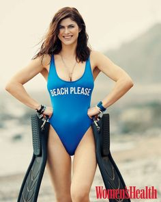 Nude pictures of Alexandra Daddario Uncensored sex scene and naked photos leaked. Hollywood Celebrities, Hollywood Actresses, The Bikini, Bikini Girls, Beautiful Celebrities, Beautiful Women, Alexandra Daddario Images, Mädchen In Bikinis, Baywatch