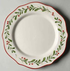 Better Homes and Gardens Heritage Collection Mistletoe Dinner Plate Pottery Plates, Ceramic Plates, Porcelain Ceramics, Ceramic Pottery, Painted Plates, Christmas China, Christmas Dishes, Christmas Tablescapes, Ceramic Painting