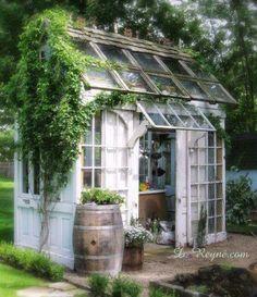 ☮ American Hippie Bohéme Boho Lifestyle ☮ Garden shed