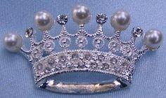 Edelweis Crown Rhinestone Crown Brooch