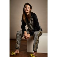 Pricy but gorgeous: shell print pants by sustainable clothing brand ALCHEMIST FASHION