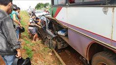 Um grave acidente foi registrado na manhã desta quarta feira(28) na Av. JK, em Jaru, RO,envolven...