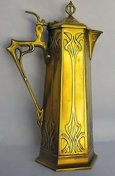 Nouveau Art - Elvish water pitcher for washing the face.(Home of Legolas and Galadwen) Motifs Art Nouveau, Motif Art Deco, Art Nouveau Design, Belle Epoque, Muebles Estilo Art Nouveau, Jugendstil Design, Arts And Crafts Movement, Sculpture, Architecture