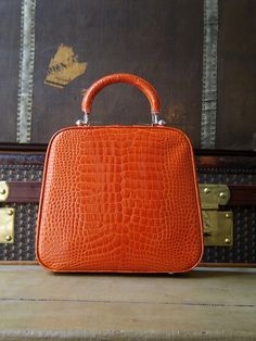 One of a kind Paradis: the result of care, attention and skilled hands. MOYNAT 2013