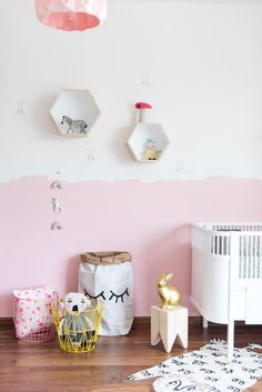 Great use of colours! Paint your wall and update your kid's room!
