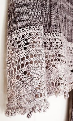 L'Envolee by Christelle Nihoul. Knit by giniew on Ravelry.