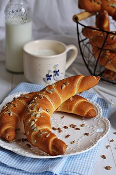 RETRO KIFLI ~ Bread Dough Recipe, Bread And Pastries, How To Make Bread, Doughnut, Sandwiches, Food And Drink, Cookies, Chocolate, Breakfast
