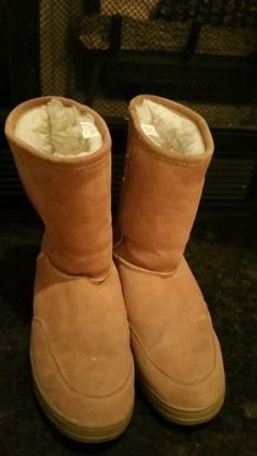 WOMEN'S SOX TAB TAN SUEDE LINED BOOTS--10M compfy #SoxTab #Comfort