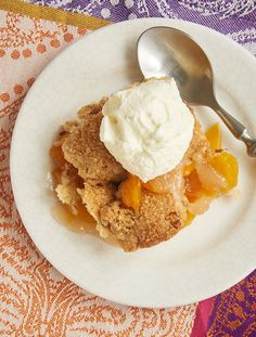 Ginger adds a bit of spice, and pecans contribute some crunch to this fantastic Ginger Pecan Peach Cobbler. - Bake or Break ~ http://www.bakeorbreak.com