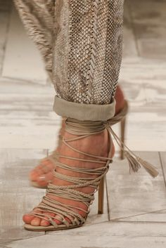 Check out this beautiful high heel shoes tied with ropes from #RobertoCavalli in #MilanFashionWeek #SpringSummer2014