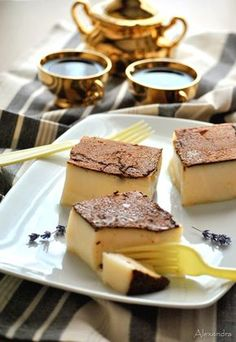 My Life in the Countryside Greek Sweets, Greek Desserts, Party Desserts, Dessert Recipes, Turkish Recipes, Greek Recipes, Lebanese Desserts, The Kitchen Food Network, Sweets Cake
