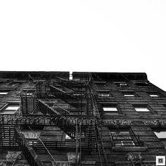 Architecture photography #minimal #minimalism #blackandwhite #minimalmood #instalike #instagram #photography #photooftheday #picoftheday #absolute #simplicity #manhattan #nyc
