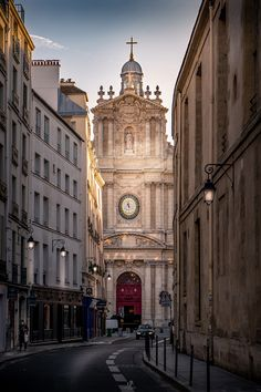 Saint-Paul-Saint-Louis is a church in the Marais quarter of Paris. The present building was constructed from 1627 to 1641 by the Jesuit architects Étienne Martellange and François Derand, on the orders of Louis XIII of France. ________________________________________________________ #France #Paris #City #Travel #Destination #Ambiance #Aesthetic #Art #Artwork #Decor #Fineart #Frame #Print #Photography #Inspiration #Ideas #Church