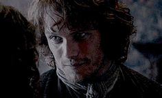 love the way jamie look's at claire and claire smilling at jamie