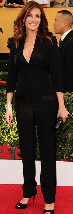 Sag Awards Julia Roberts in Givenchy http://www.quotidianomime.com/sag-awards-wears/