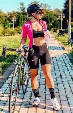 Sporty Girls, S Girls, Cycling Girls, Bicycle Girl, Full Figured Women, Cyclists, Biker Girl, Fit Chicks, Cycling Outfit
