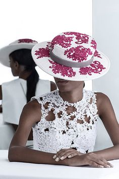 Handmade hats of a Brazilian label right out of wonderland. Embroidered Hats, Ethical Fashion, Passion, Handmade, Accessories, Hand Made, Sustainable Fashion, Craft, Handarbeit