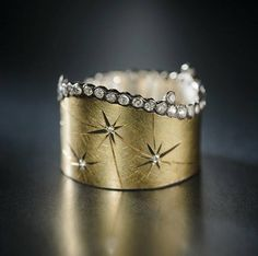 cute ring yellow Gold and Diamond Starburst Constellation Ring. By Adam Foster Jewelry. Oval Diamond in Platinum Jewelry Box, Jewelry Rings, Jewelry Accessories, Fine Jewelry, Jewelry Design, Jewelry Making, Jewellery Holder, Jewellery Shops, Bling Bling