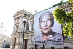 """""""Augen auf!"""" Kampagne für das #Volkstheater #Wien von #LoweGGK #Werbung #derstandard @etatat Mount Rushmore, Mountains, Nature, Travel, Eyes, Advertising, Naturaleza, Viajes, Traveling"""