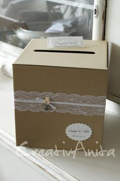Herzlich willkommen in unserem Shop! Briefbox für Ihre Hochzeitspost/Geldgeschenke *VINTAGE* aus kräftigem, stabilen Karton in braun, mit zierlichem Spitzenband, Satinband und edlen...