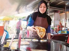 Malaysia | Roti canai served by Italian student Chantal a hit in Alor Star | New Straits Times | Chantal Viola, 17, from Rome, Italy, who is a student of Liceo Sciemtifico Statale Democrito (a science school) in Rome has decided to work at the stall during her school holidays, to learn more about the local culture and communicate in Bahasa Melayu
