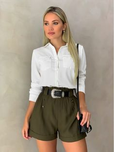 Casual Work Outfits, Basic Outfits, Short Outfits, Pretty Outfits, Stylish Outfits, Cute Outfits, Safari Outfit Women, Spring Outfit Women, Safari Outfits