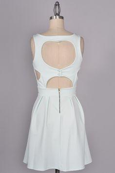 (http://www.adabelles.com/the-heartbreaker-dress-in-mint/)