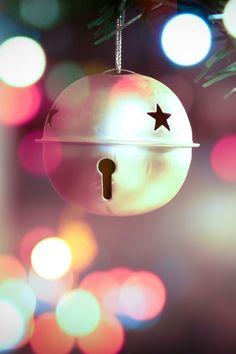 Christmas Bell iPhone 4 Wallpaper