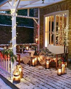 Xmas porch ideas up on the blog. Link in bio.