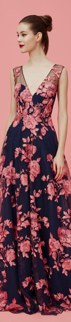 Marchesa Notte Pre-Fall 2016 2019 ℳiss Giana's Gorgeous Gowns Poppy Pea Marchesa Notte Pre Fall 2016 The post Marchesa Notte Pre-Fall 2016 2019 appeared first on Floral Decor. Fashion Mode, High Fashion, Beautiful Gowns, Beautiful Outfits, Floral Fashion, Fashion Dresses, Marchesa, Dream Dress, Pretty Dresses